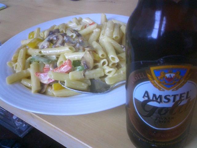 パスタとビール