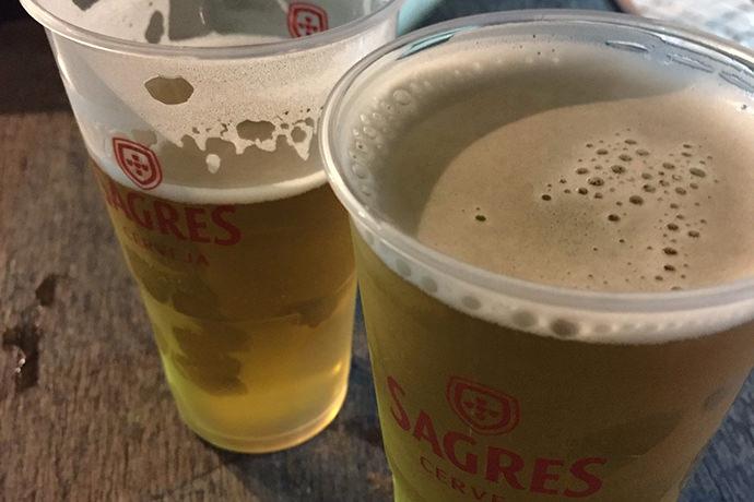 テイクアウト用のビール