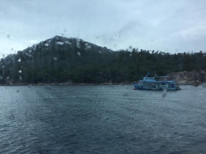 見えてきたタオ島