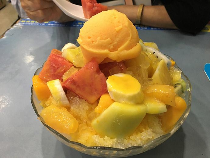 フルーツのかき氷